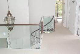 Glaserei-UTU -Glasgeländer