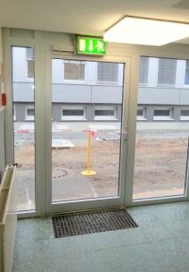 Türen bei Jungheinrich. Innen